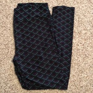 Lularoe Mermaid Tail (Scales) Leggings NWOT